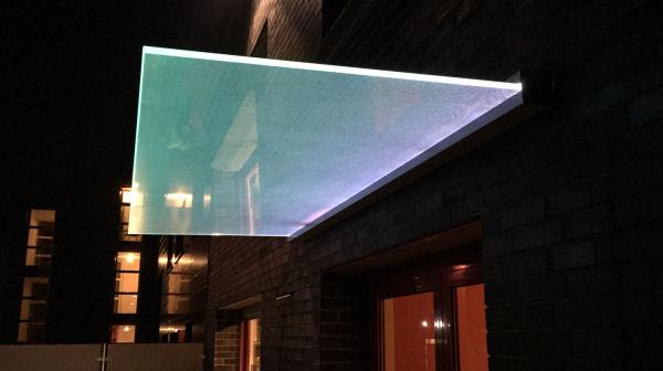 glas fr vordach vordach aus glas mit with glas fr vordach elegant das bild wird geladen. Black Bedroom Furniture Sets. Home Design Ideas